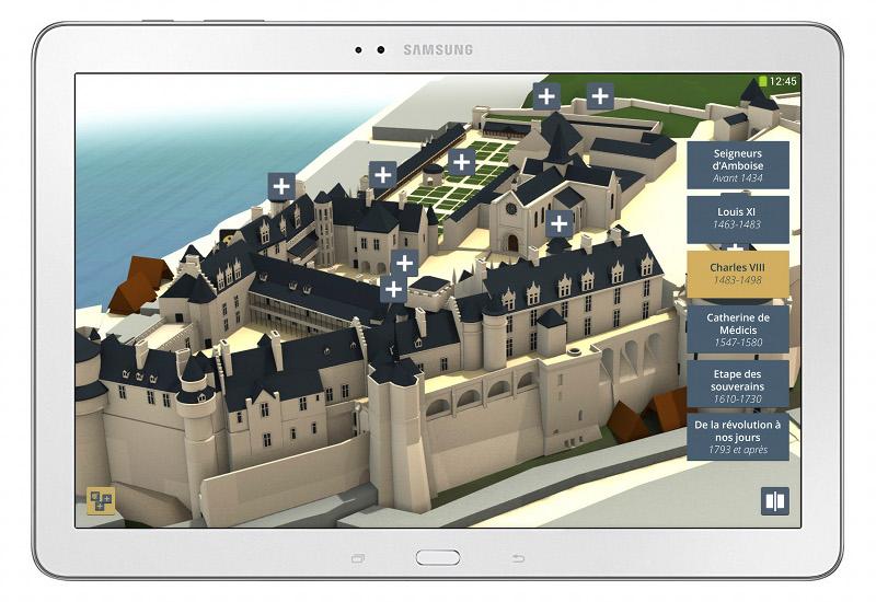 Déclinaison tablette de l'application multimédia sur la reconstitution historique des étapes clés de l'histoire de Château d'Amboise. Conception : Cent Millions de Pixels et MG Design.©MG Design