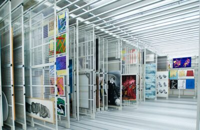 Bruynzeel-frac-bretagne-grilles-tableaux-mobiles