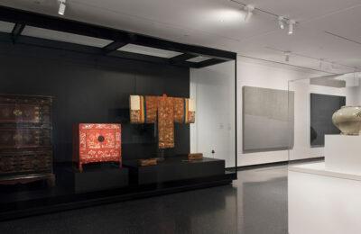 Arts of Korea Installation Image. Photo by Jonathan Dorado